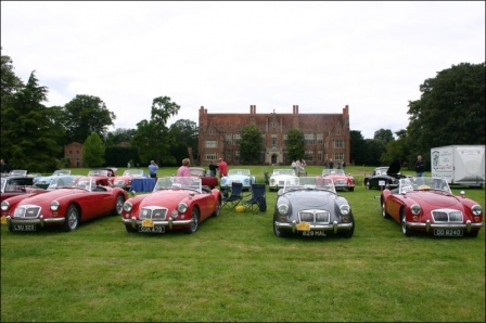mg picture fron mg car club uk st george days